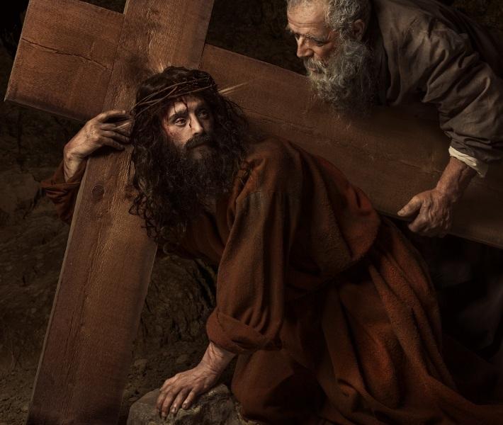 Cristo e il Cireneo - foto di Leonardo Baldini